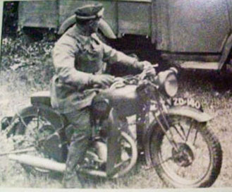 Motorcycle-(Lt-John-J.-Smith