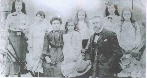 peter-kiernan-and-family-granard