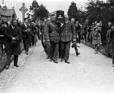 Michael_Collins_Coffin_Glasnevin